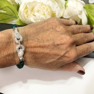 Jewelry - Crystal silver link wrap bracelet